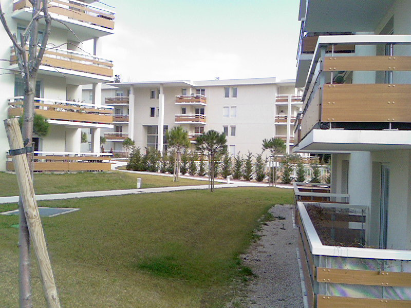 vente clermont l 39 h rault appartement t3 de 60 m2 au second tage avec terrasse laborie. Black Bedroom Furniture Sets. Home Design Ideas